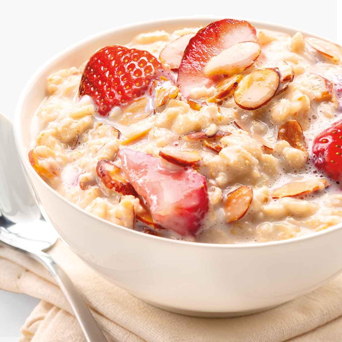 Oatmeal made with Almondmilk
