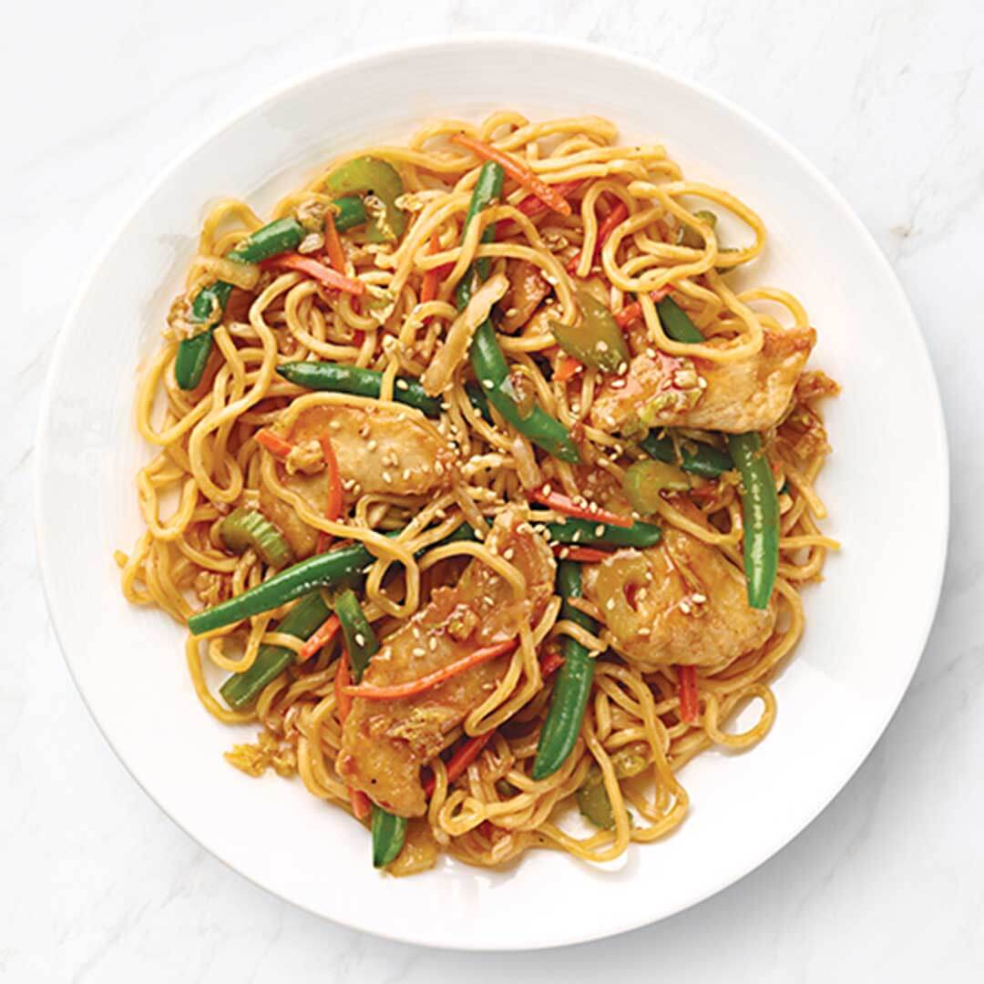 Sesame Chicken with Lo Mein & Green Beans